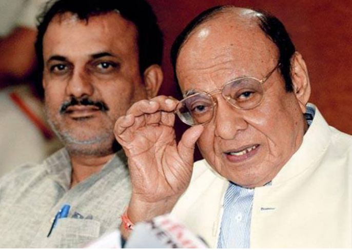 Shankersinh Vaghela expected to join NCP