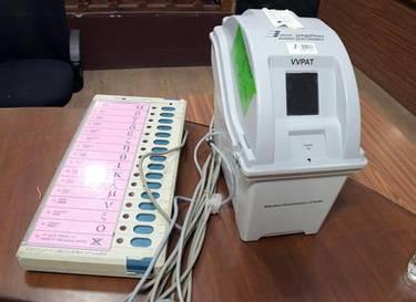 EC tells Supreme Court VVPAT rule if tweaked 'Not Feasible' for polls!