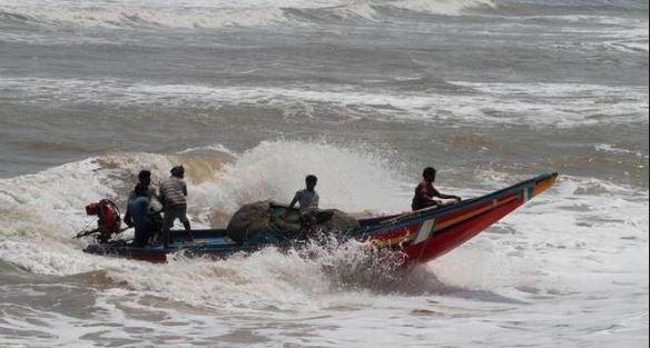 ફની વાવાઝોડાંને કારણે આંધ્રપ્રદેશમાં ભારે વરસાદ, ઓડિશામાં 8 લાખ લોકોને પહોંચાડ્યા સુરક્ષિત સ્થાન પર