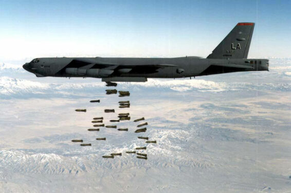 bombs-US-Air-Force-training-exercise-B-52