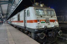 979454-indian-railways-ians-trains-resumed